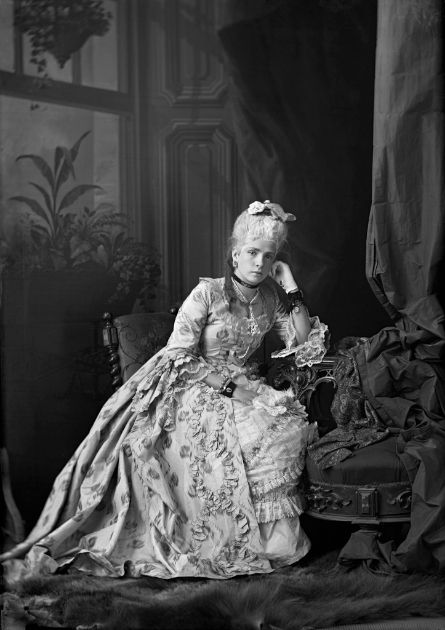 Notman Studio, Miss M. Flora Rolland in costume, Montreal 1873 © Musée McCord Museum